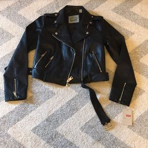 NEW Levi's Belted Faux Leather Jacket